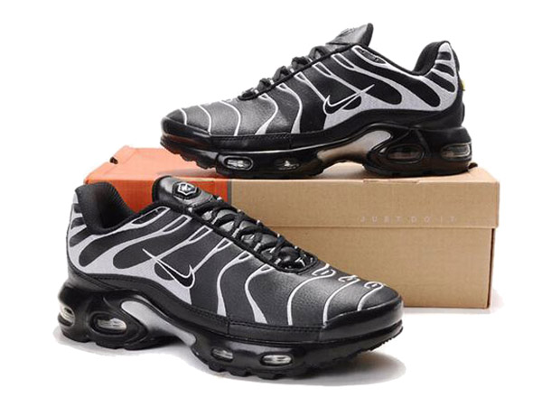 Air Max Nike Tn Requin/Nike Tuned 1 Chaussures Officiel Nike Pour Homme Noir