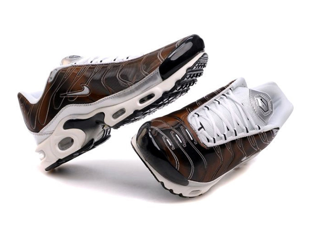Air Max Nike Tn Requin/Nike Tuned 1 Chaussures Pas Cher Pour Homme Brun/Miroir