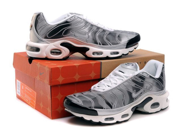Air Max Nike Tn Requin/Nike Tuned 1 Chaussures Pas Cher Pour Homme Gris/Miroir