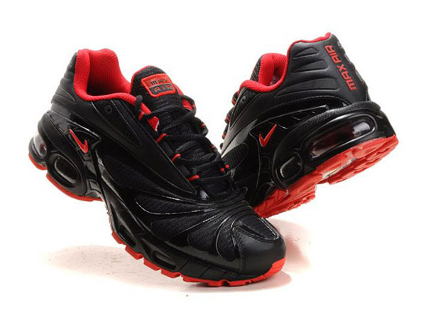 25669b497b3 ... Nike Air Max Tn Requin Nike Tuned 3 Men´s Basketball Shoes Black  ...