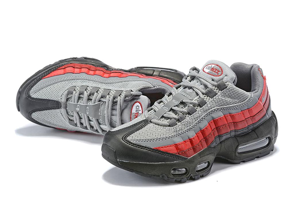 3ef8f44eff374 ... Nike Air Max 95 PS Chaussures Nike Basket Pas Cher Pour Enfant Noir  Rouge ...