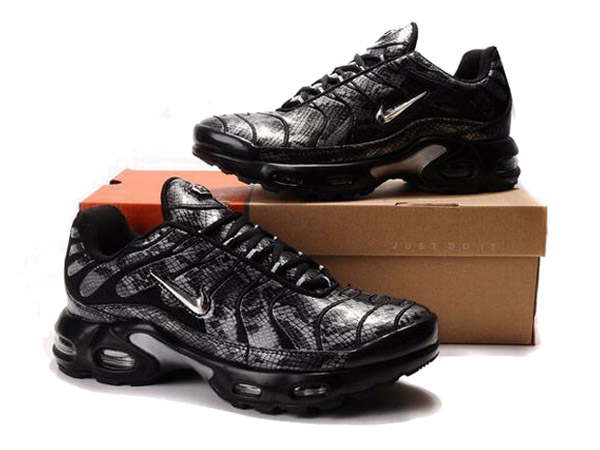 Nike Air Max Tn Requin/Nike Tuned 1 Chaussures Nike Pas Cher Pour Homme Noir