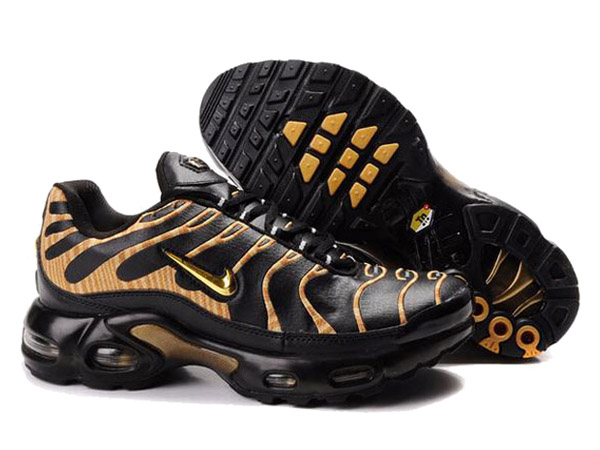 Nike Air Max Tn Requin/Nike Tuned 1 Chaussures Officiel Nike Pour Homme Noir/Orange