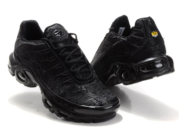 Nike Air Max Tn Requin/Nike Tuned 1 Chaussures Officiel Nike Pour Homme Tout Noir