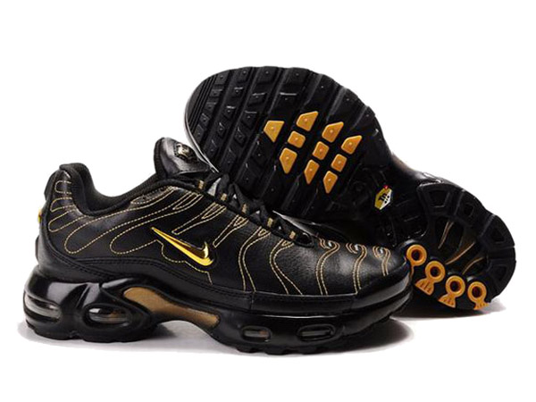 Nike Air Max Tn Requin/Nike Tuned 1 Chaussures Tn Pas Cher Pour Homme Noir/Jaune