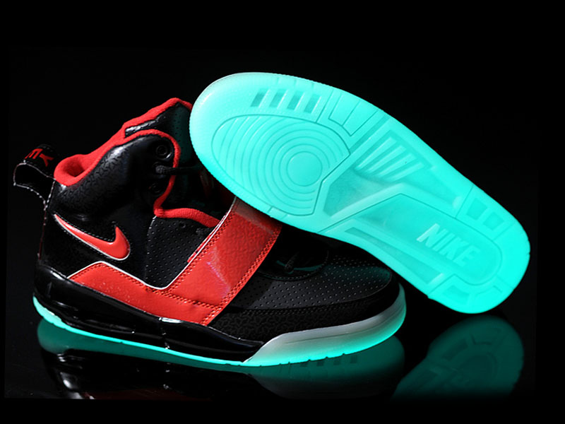 Nike Air Yeezy 1 2009 Chaussures de Nike Sneakers Pour Homme Rouge/Noir 1309210838 Nike Requin