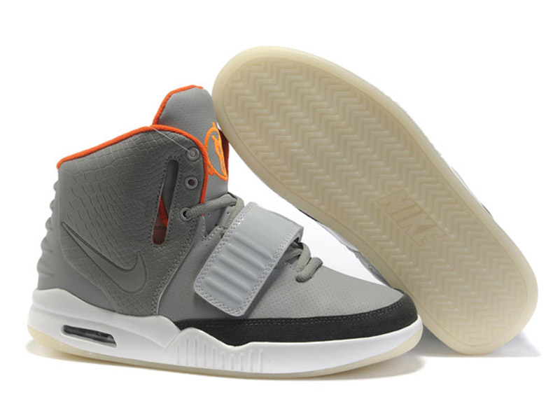 Nike Air Yeezy 2 II - Chaussures de Basket-Ball Pas Cher Pour Homme Gris/Blanc