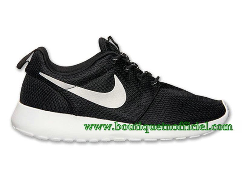 Nike Roshe One GS Chaussures Nike Pas Cher Pour Femme Noir/Blanc 511882-094